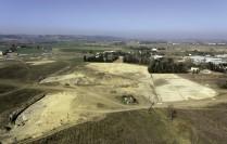 Vue aérienne des parcelles fouillées au nord du site de Castelnaudary. © Balloïde photo.