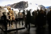 Un aperçu de la section « Schnidejoch, 2756 m d'altitude » dans l'exposition « Les Lacustres – Au bord de l'eau et à travers les Alpes » © Bernisches Historisches Museum, Berne. Photo Christine Moor.