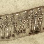 Vue générale des 20 corps de soldats britanniques du 10e bataillon du Linconshire Regiment, tués en  avril 1917. Cliché Gilles Prilaux et Yves Desfossés.