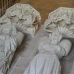 Chapelle Vieille Souvigny. Détail des gisants de Louis II de Bourbon et de sa femme Anne Dauphine d'Auvergne. © Paul Saccard.