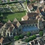 Souvigny. Église prieurale. Vue aérienne. © Paul Saccard.