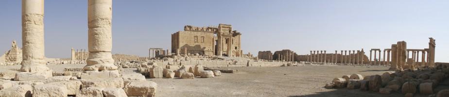 Palmyre, le temple de Ba'al. @ Yvonnefm 2008, Wikimedia commons
