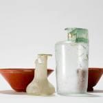 Dépôt de vaisselle en céramique et en verre, époque romaine. Cliché Y. André, MCAH.