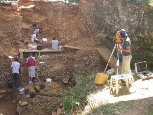 Marillac - Les Pradelles en cours de fouilles - 2005. © photo : laboratoire PACEA.