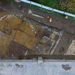 Achevée en janvier dernier, cette fouille spectaculaire a mis au jour une portion du Lousonna antique, mais surtout un tumulus de l'âge du bronze, visiblement reconverti en sanctuaire de tradition celtique, après la guerre des Gaules. Archeodunum SA.
