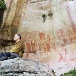 Les parois peintes, hautes de 10 mètres, sont situées dans une zone difficilement accesssible ©José Iriarte. DR.