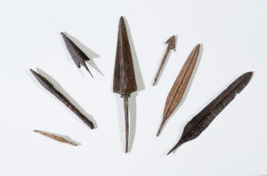 5. Arrowheads found in the desert Credit- Dafna Gazit, Israel Antiquities Authority. DR.
