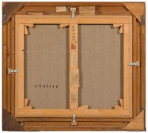 """C'est grâce à une simple étiquette au dos du tableau, difficilement lisible,  que la piste du propriétaire a été remontée. On y lit que Nus dans un paysage a été prêté en 1938 pour une exposition à Londres par un certain... """"Hugo Simon"""". Photo service de presse."""