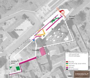 Plan phasé des vestiges superposé à une vue aérienne de 2017. Fond © Geoportail.